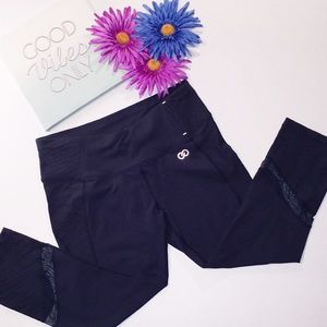 CALIA BY CARRIE UNDERWOOD Black Work Out Capri  M